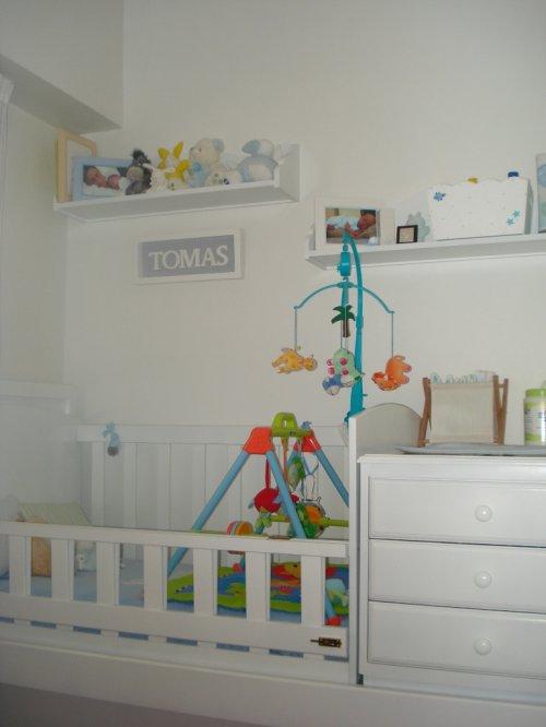 Dormitorios infantiles cuna funcional decocasa for Dormitorios con poco espacio
